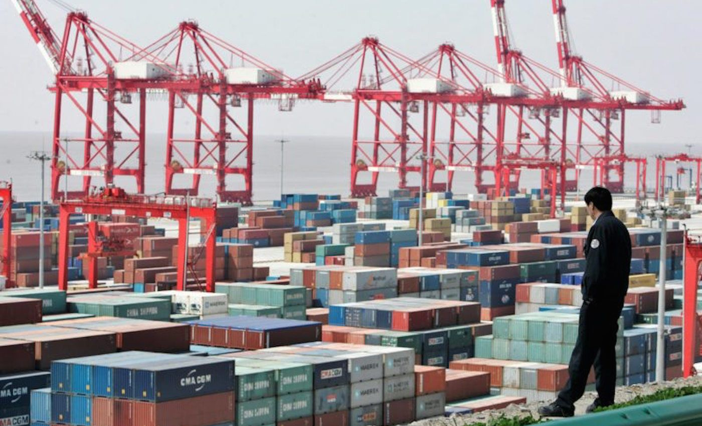 El puerto de Shanghai es uno de los más importantes del mundo y uno de los que se beneficiará de las nuevas rutas árticas. [Imagen de REUTERS/Aly Song/File Photo]