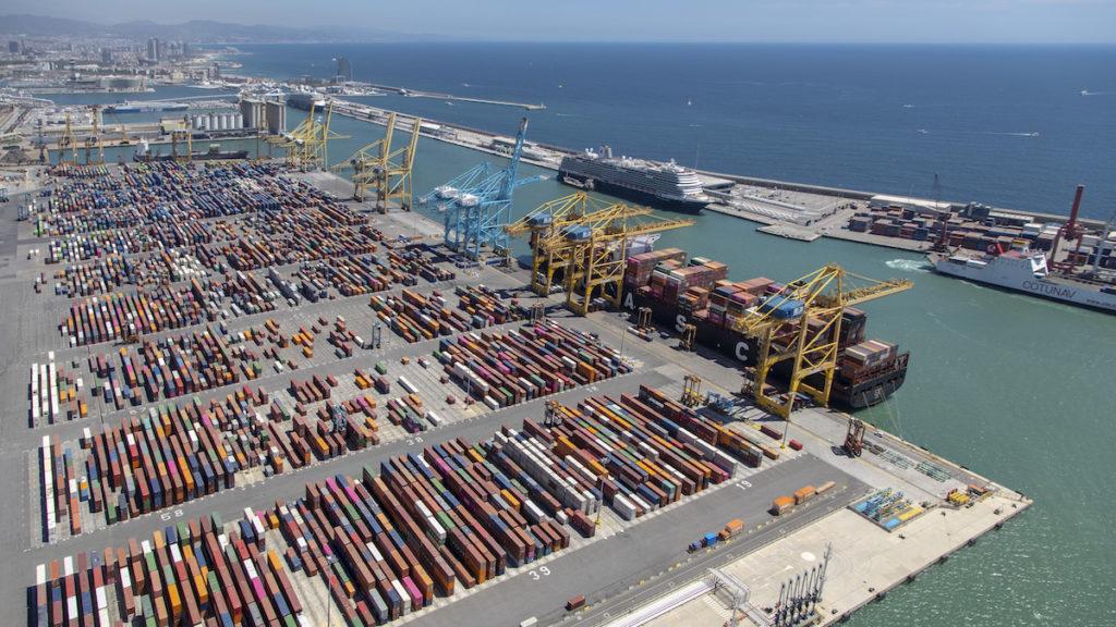 Por ejemplo, el Power-to-Ship es un proyecto del Port de Barcelona y se inició con la necesidad de descarbonizar las actividades portuarias.