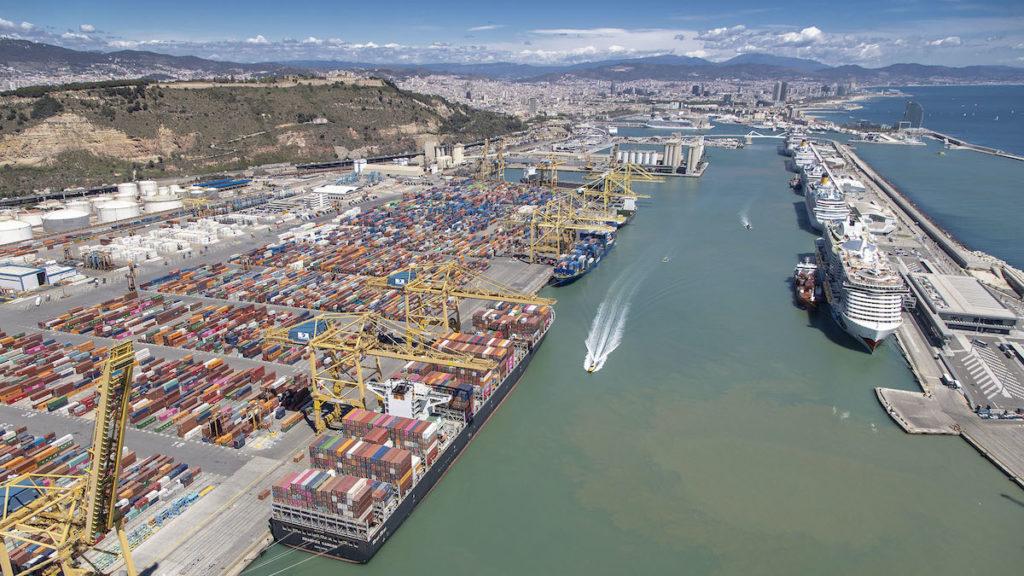 Los escenarios analizados son de aplicación a los puertos, englobando a todos los sectores económicos a los que dan servicio. (Foto del Port de Barcelona)