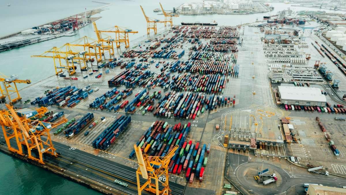 A raíz de la pandemia, los puertos han establecido planes de choque para hacer frente al 2021. (Getty Images)