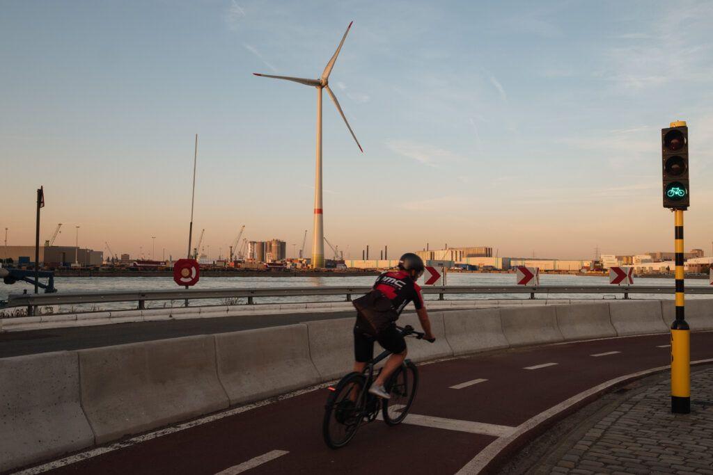Red de carriles bici en el puerto de Amberes